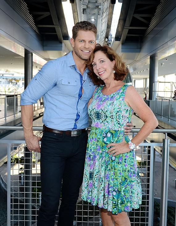 Jaymes Vaughan and comedienne Rita Rudner ride The High Roller at The LINQ