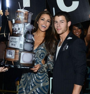 Nick Jonas Celebrates 22nd Birthday at Hakkasan Las Vegas Nightclub