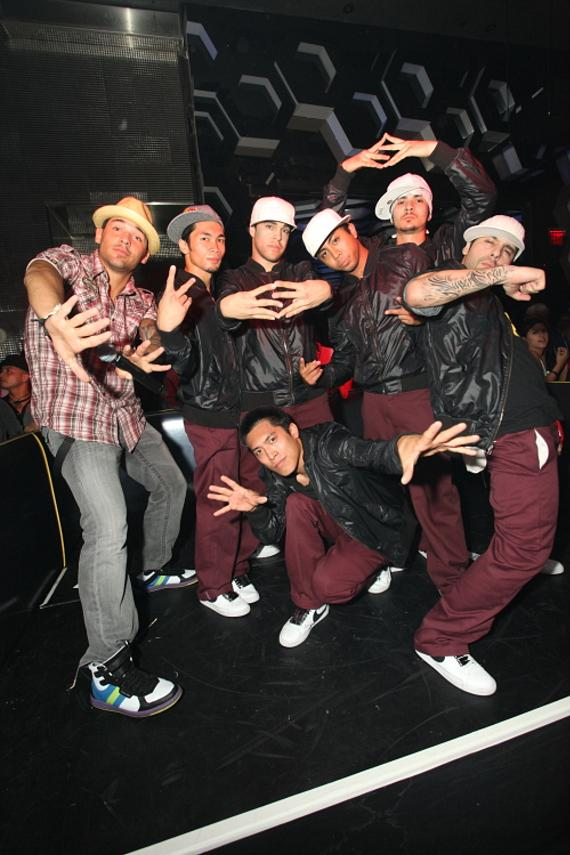 Left to right – Jason Craig (N9NE Group), Ronnie Boy, Murda, Vex, Ben, and Do Knock. Front – Rockadile.