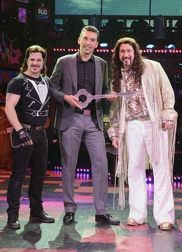 The Venetian Las Vegas Welcomes Joey Fatone as Bourbon Room Owner Dennis Dupree in Rock of Ages
