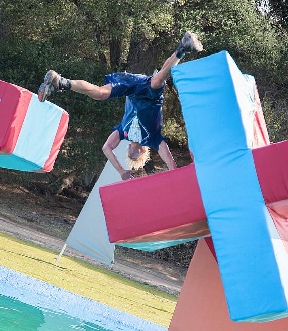 "Murray competes on ABC's ""Wipeout"""