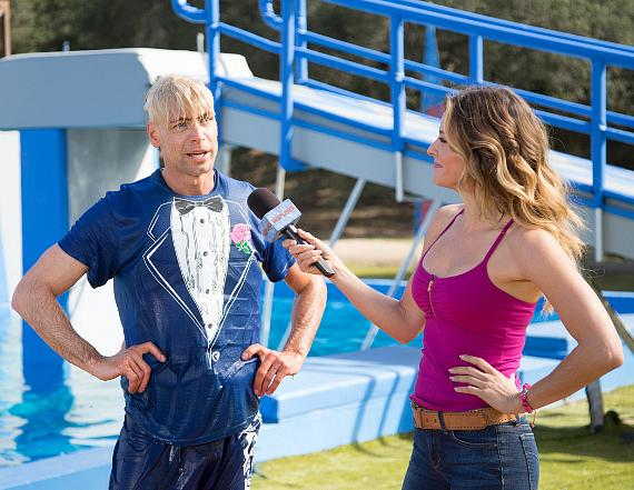 "Murray interviewed at the end of the obstacle course on ABC's ""Wipeout"""