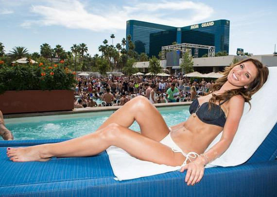Audrina Patridge relaxes poolside at Wet Republic