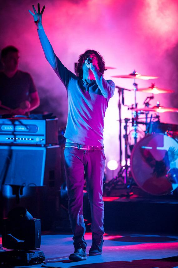 Snow Patrol performs at the Boulevard Pool at The Cosmopolitan of Las Vegas