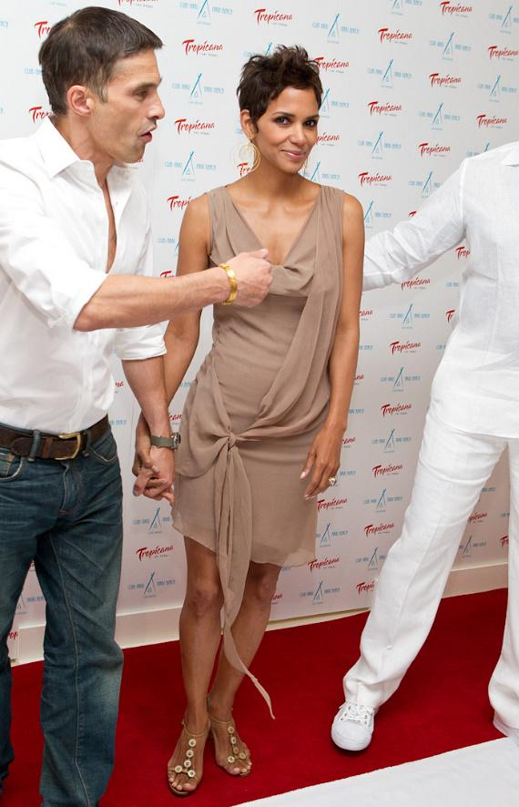 Halle Berry at Nikki Beach at The Tropicana in Las Vegas