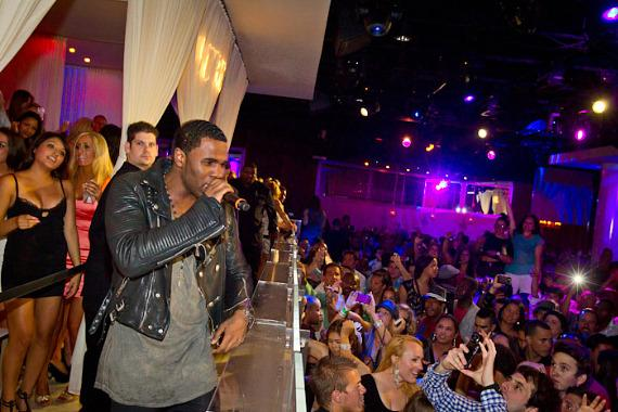 Jason Derülo performing at PURE Nightclub