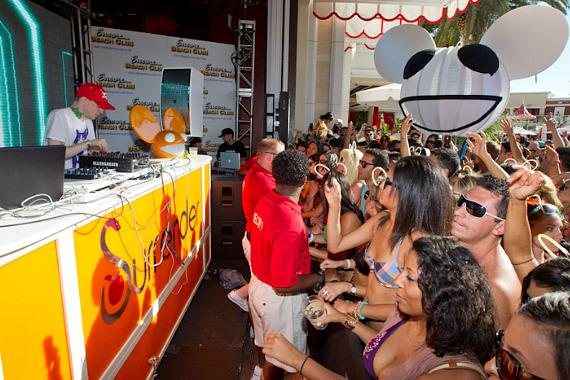 Deadmau5 at Encore Beach Club's one year anniversary celebration