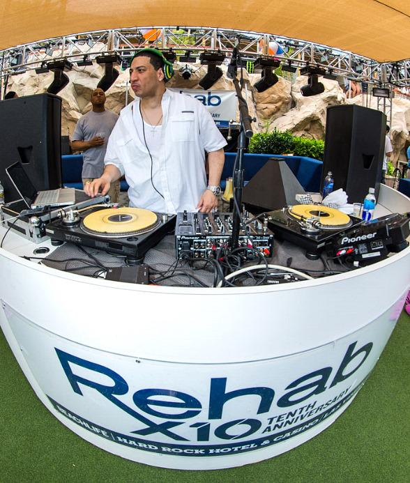 Kid Capri performs at REHAB at Hard Rock Hotel & Casino