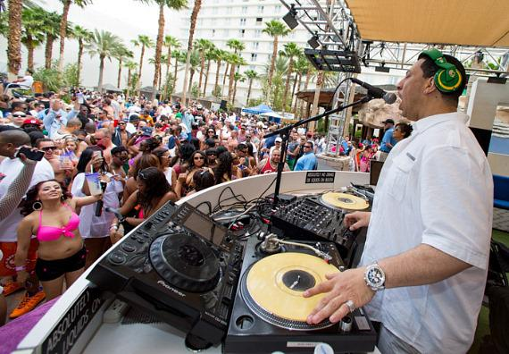 Kid Capri with crowd at REHAB at Hard Rock Hotel & Casino