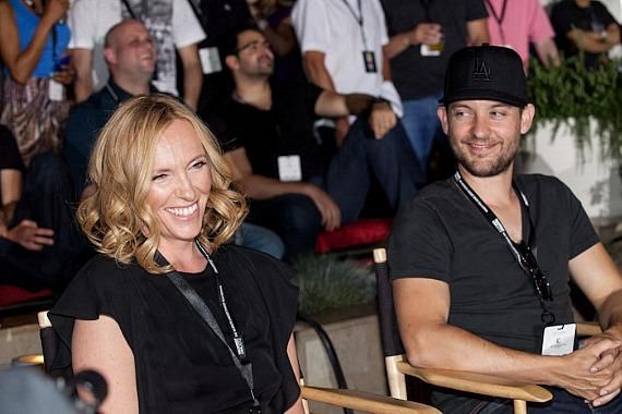 Toni Collette and Tobey Maguire