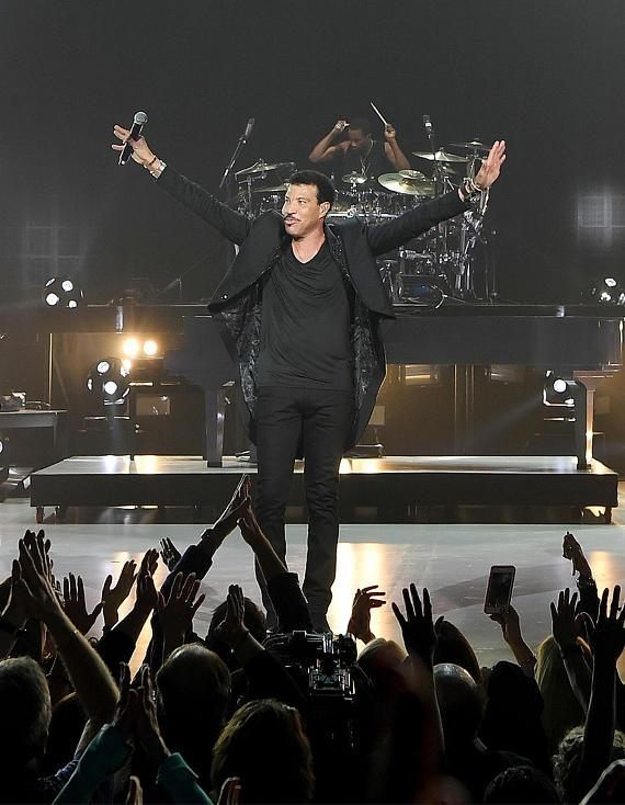 Lionel Richie performs to a sold out crowd at Planet Hollywood Resort & Casino