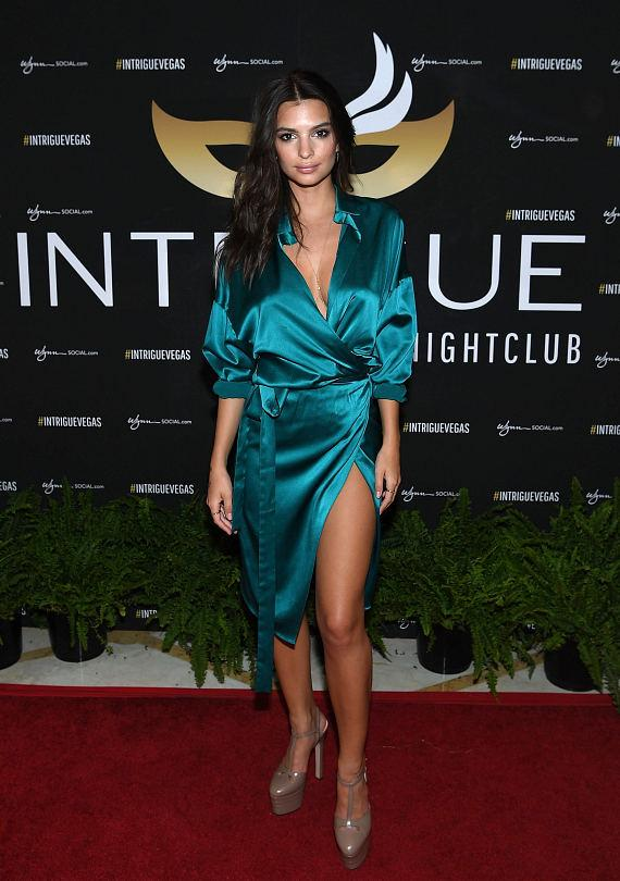 Emily Ratajkowski arrives at her birthday celebration at Intrigue Nightclub at Wynn Las Vegas