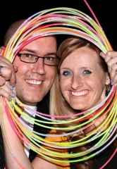 Brookman Elementary School Guinness World Records Attempt: 20,000+ Glow Sticks Measuring 3.92 Miles Illuminate School