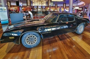 "Burt Reynolds' ""Smokey and the Bandit"" Trans Am Car Sells for $450,000 at Julian's Auction at The Palms"