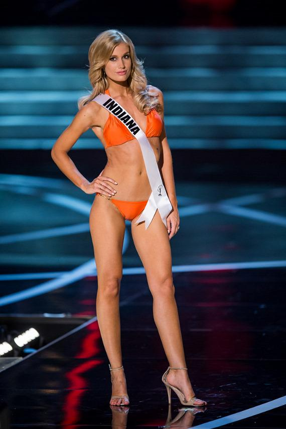 Miss Indiana in Miss USA 2013 swimsuit competition