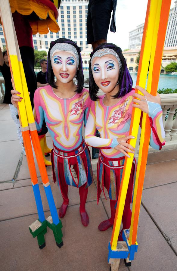 Cirque du Soleil Celebrates 25th Anniversary with World Record Stilt Walk