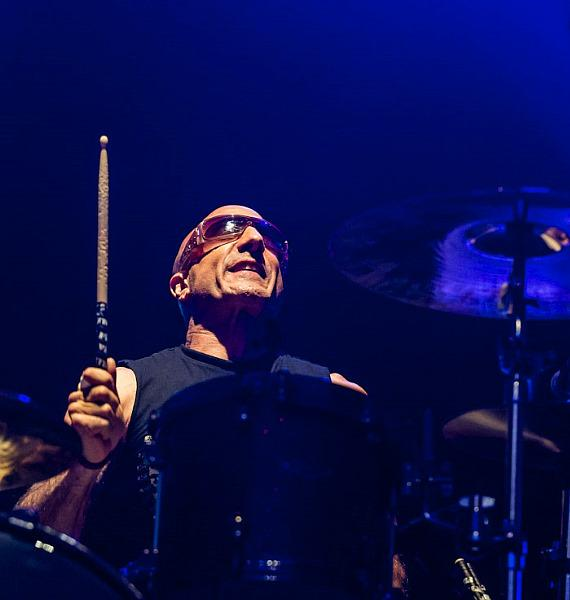 Kenny Aronoff of Chickenfoot