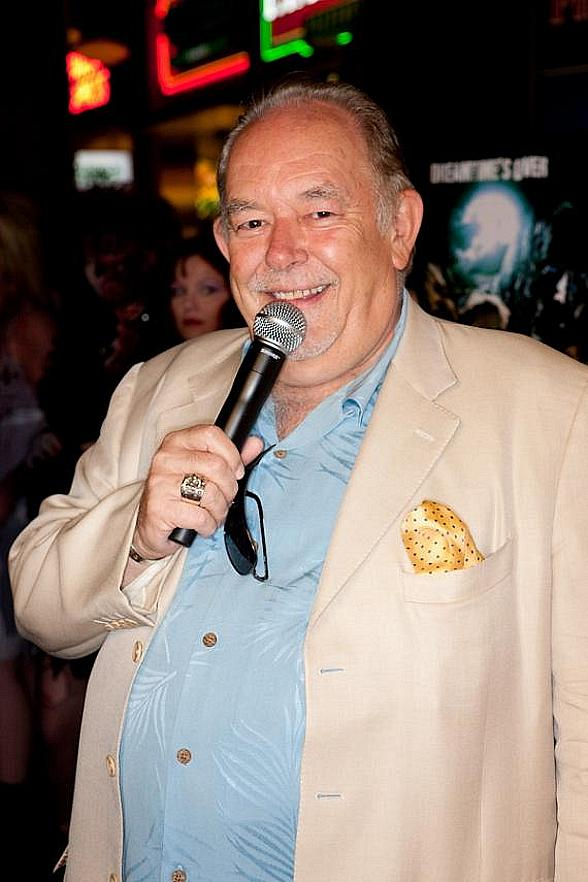 "Mike Hammer and Brian Shapiro to Launch New CBS Sports Radio show ""The Vegas Take"" with Special Guest Robin Leach on July 9"