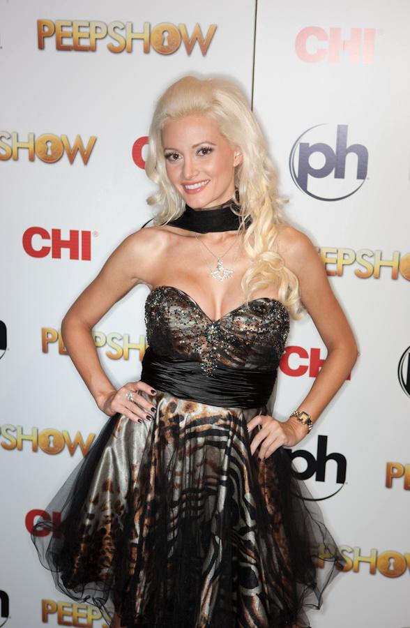 Holly Madison and Shoshana Bean Debut in PEEPSHOW at Planet Hollywood