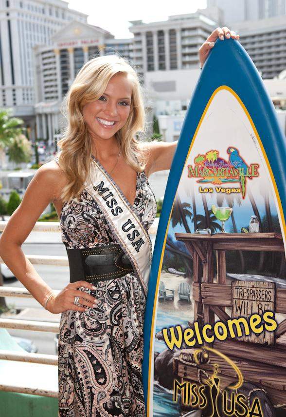 Miss USA 2009 Kristen Dalton visits Margaritaville at The Flamingo