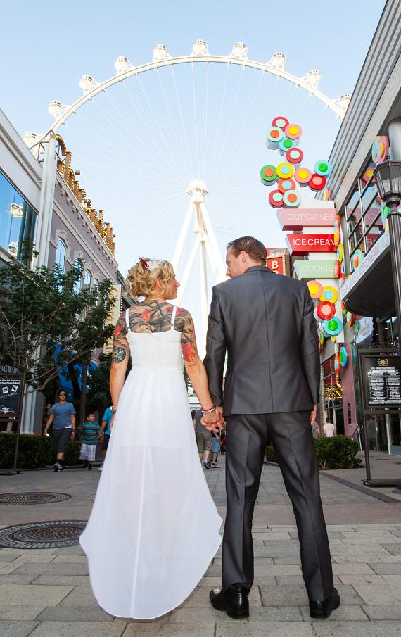 """Be a Part of History in Las Vegas on 12/13/14 and Say """"I Do"""" for Free on The High Roller"""