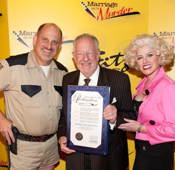 "Mayor Oscar Goodman ""Killed"" at ""Marriage Can Be Murder"""