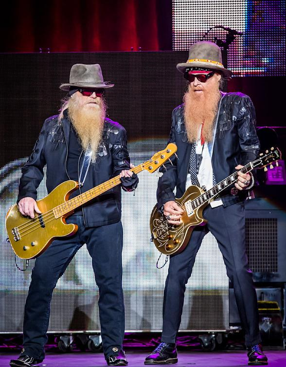 8 16 14 zz top joint kabik 28 588 Latest Vegas Gossip