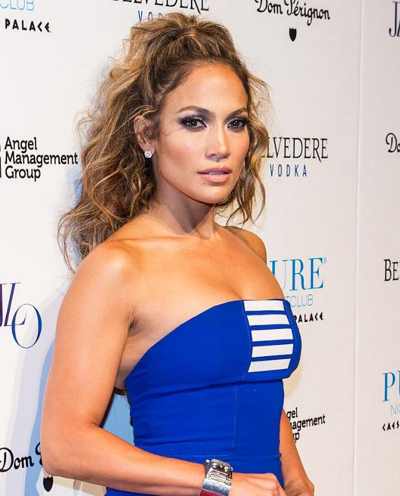 Jennifer Lopez on Red Carpet at PURE Nightclub