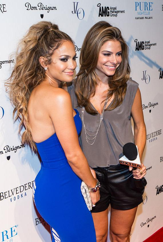 Jennifer Lopez and Maria Menounos on Red Carpet at PURE Nightclub