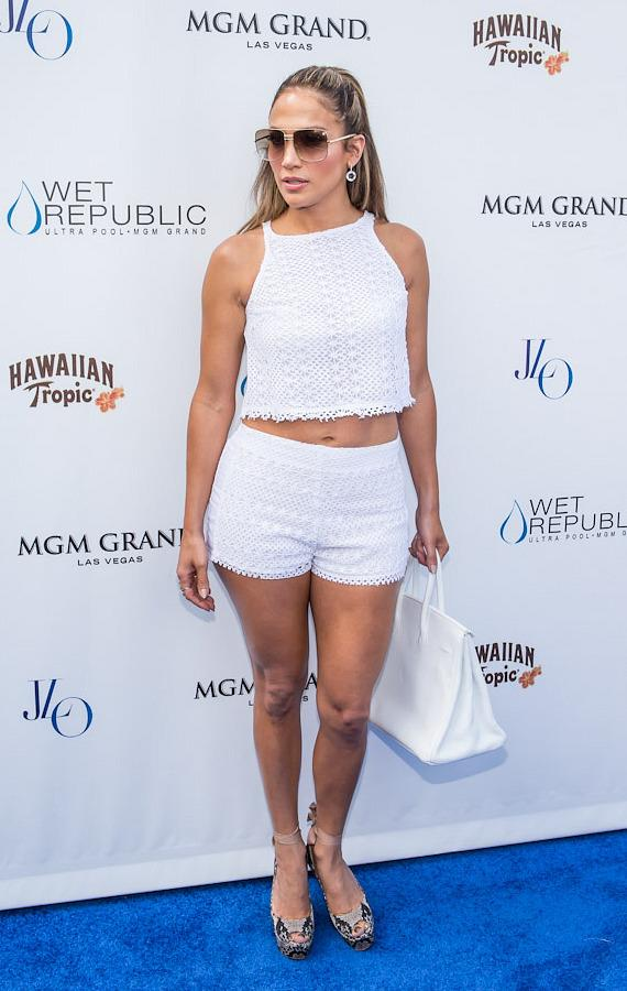 Jennifer Lopez on the blue carpet at WET REPUBLIC