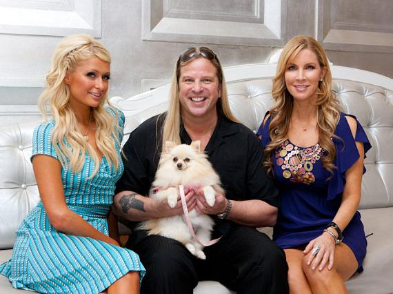 "Paris Hilton, Michael Boychuck and Alicia Jacobs with Paris Hilton's dog ""Marilyn Monroe"""