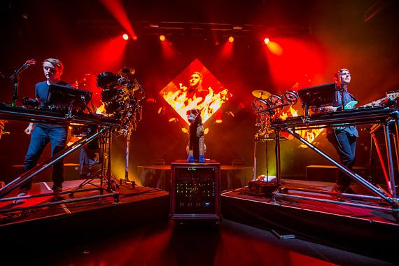 Disclosure performs at Brooklyn Bowl Las Vegas at The LINQ