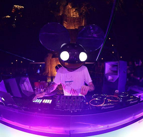Deadmau5 at Tryst Nightclub