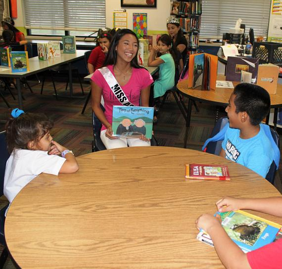 Miss Asian Las Vegas Delegate Erica Valdriz Reads to  Boys & Girls Clubs of Southern Nevada