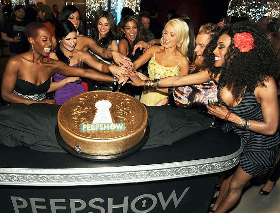 Holly Madison and cast of PEEPSHOW celebrate first anniversary at Planet Hollywood