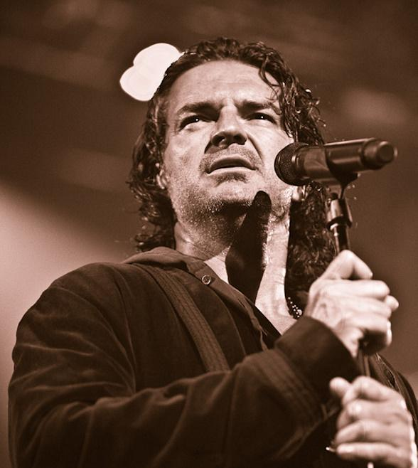 Ricardo Arjona Performs at The Joint