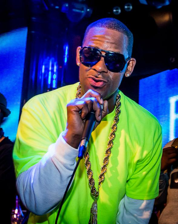 R. Kelly Hosts Industry Night at Body English Nightclub & Afterhours