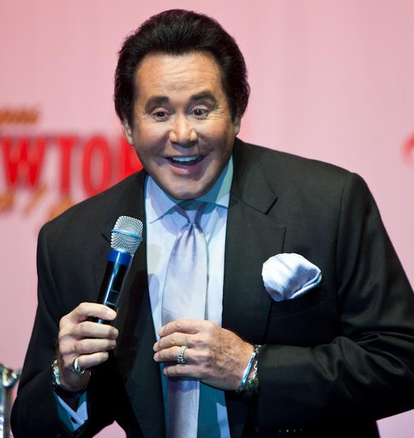 Wayne Newton to Appear in