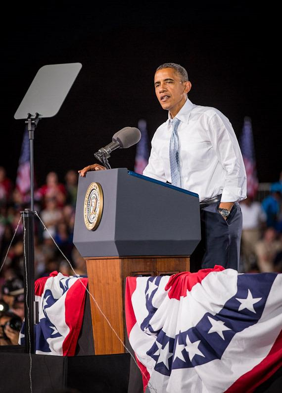 President Barack Obama speaks at Desert Pines High School in Las Vegas