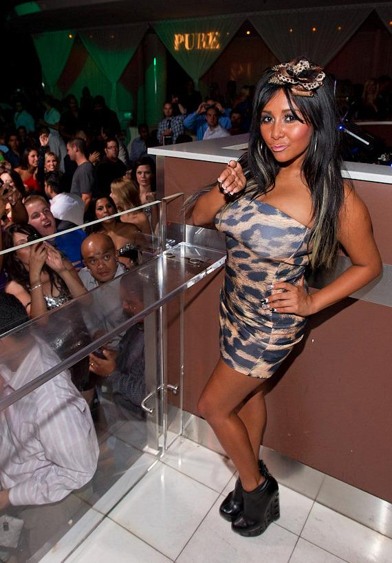"'Jersey Shore' star Nicole ""Snooki"" Polizzi hosts at PURE Nightclub"