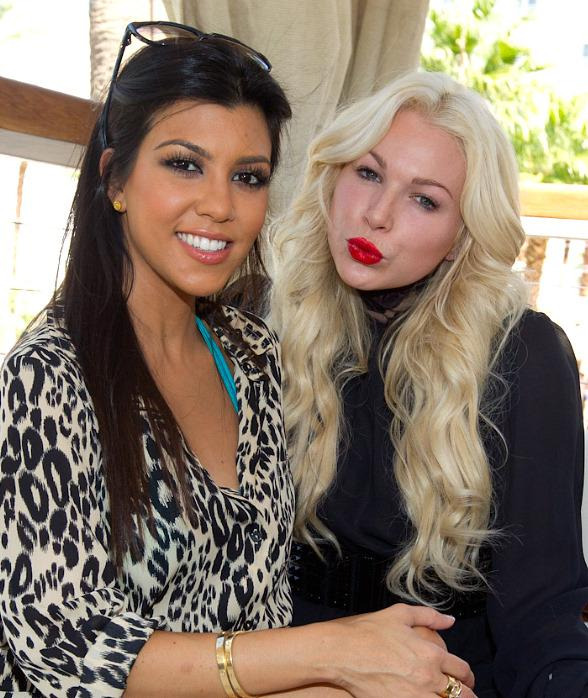 kim kardashian makeup artist joyce. Kourtney Kardashian and Makeup