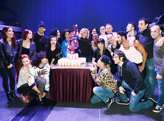 """Britney Spears and cast members celebrate one-year anniversary of """"Britney: Piece of Me"""" at Planet Hollywood Resort & Casino"""