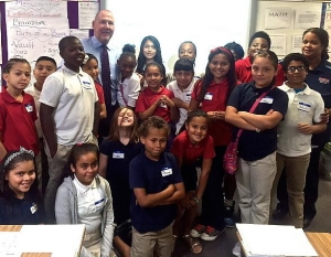 "Las Vegas Valley Leaders head to Public School Classrooms during ""Teach for America Week"""