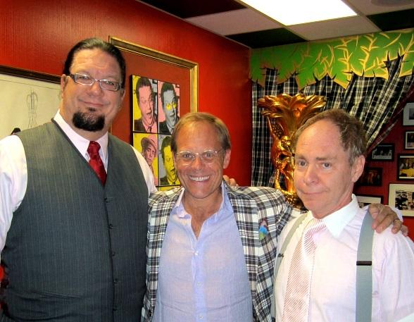 Food Network Star Alton Brown visit Penn & Teller