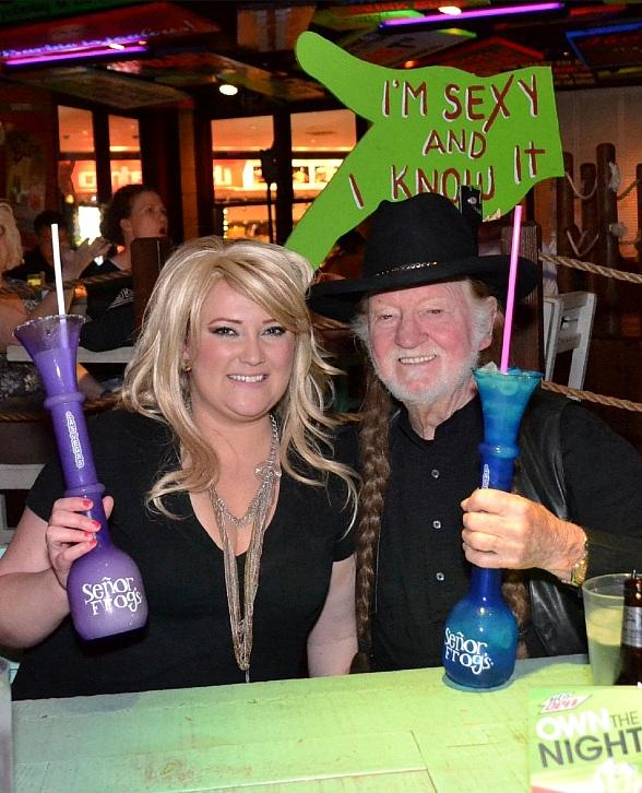 Angela Hathaway and Roy Hammock enjoy margaritas as Miranda Lambert and Willie Nelson at Seor Frogs Las Vegas
