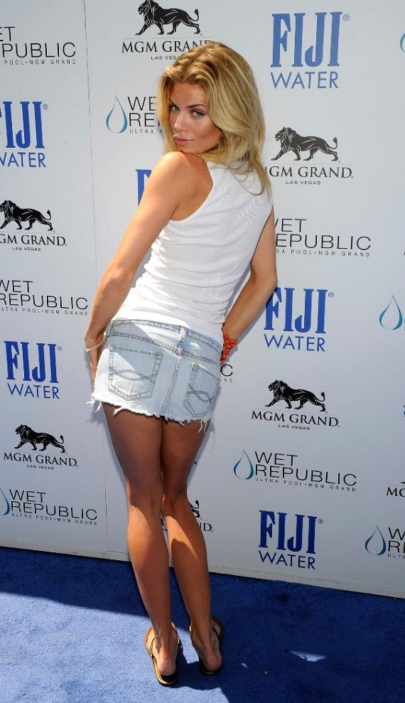 AnnaLynne McCord on Blue Carpet at WET REPUBLIC