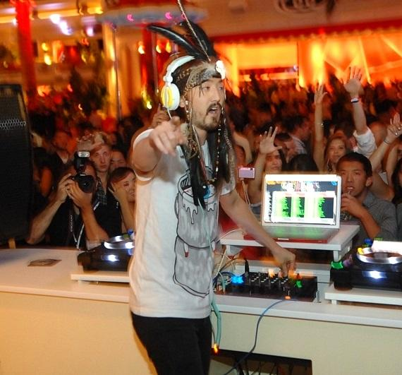 Steve Aoki at Surrender