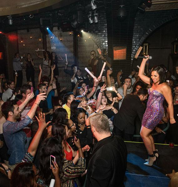 Ashanti Performs at LAVO