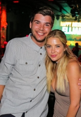 """Pretty Little Liars"" star Ashley Benson celebrates her cousin Elijah's 21st birthday at TAO"