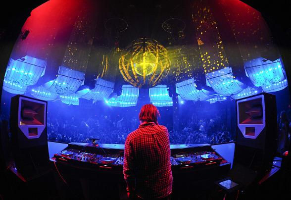 Avicii spins at Marquee Las Vegas
